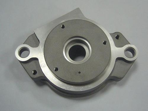 復雜蓋形鋁合金壓鑄件的澆注溢流系統設計